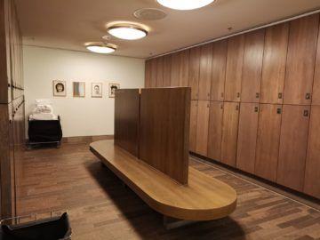 grand hyatt berlin club olympus damenumkleide1