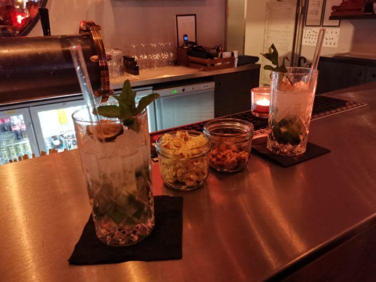 Grand Hyatt Berlin Jamboree Bar Getränke