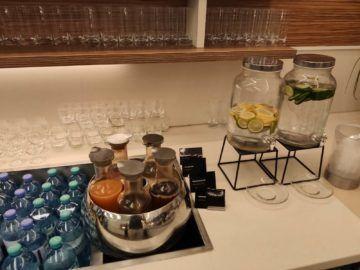 Jet Lounge Wien Säfte Wasser