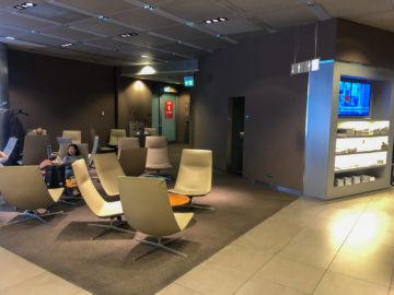 Lufthansa Senator Lounge Muenchen G28 12