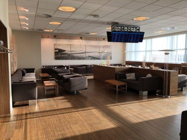 menzies aviation lounge prg t2 aufenthaltsraum