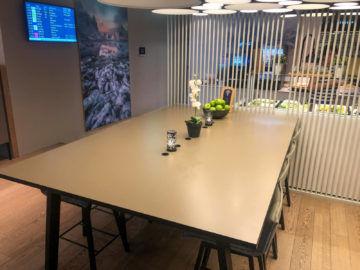 Osl Premium Lounge Oslo Tisch