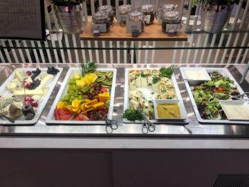 Osl Premium Lounge Oslo Wraps Salatbar