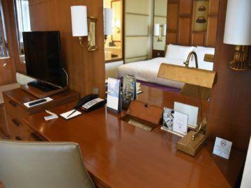 Shangri-La Chiang Mai Deluxe Room Schreibtisch