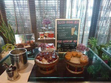 Shangri-La Chiang Mai Fruehstueck Thai Eistee