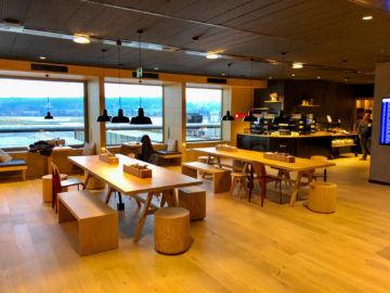 Swiss Alpine Lougne Zurich Blick Buffet Bereich