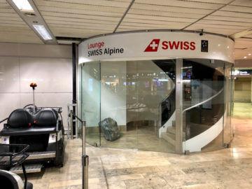 Swiss Alpine Lougne Zurich Eingangsbereich