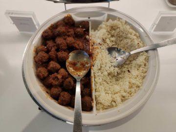 Cip Lounge Athen Fleischbällchen Reis