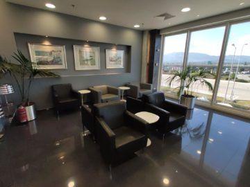 Cip Lounge Athen Sitzbereiche Vorne