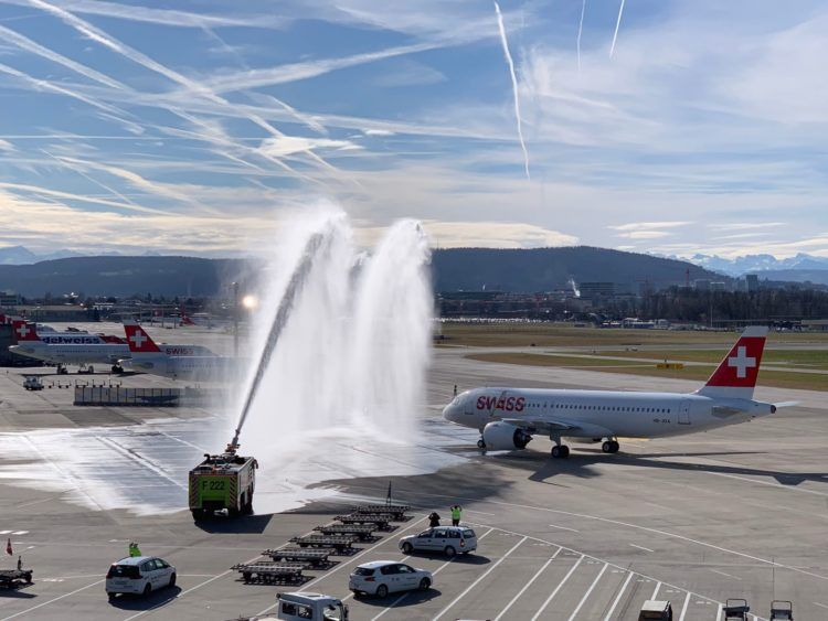 Swiss Airbus A320neo Begruessung