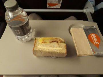 Thai Smile Sandwich Wasser