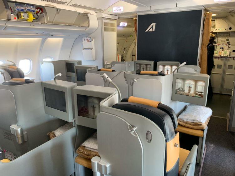 Alitalia Business Class A330 200 Kabine 1