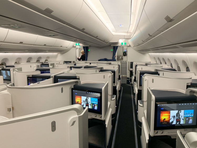 Air France Business Class A350 900 Kabine 1