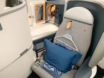 Air France Business Class A350 900 Sitz Gang 2