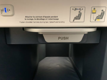 Air France Business Class A350 900 Tisch 1