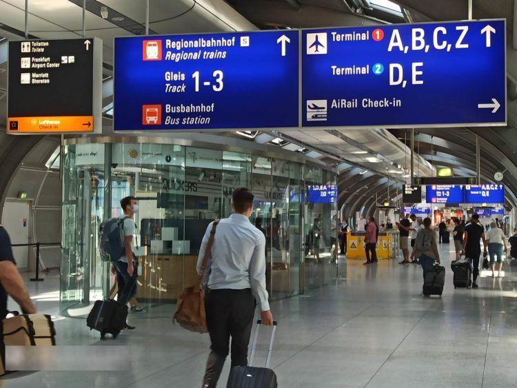 Airail Check In Frankfurt Flughafen Wegweiser