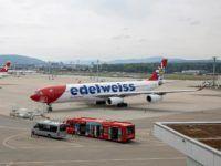 Edelweiss Airbus A340 300 Flughafen Unsplash