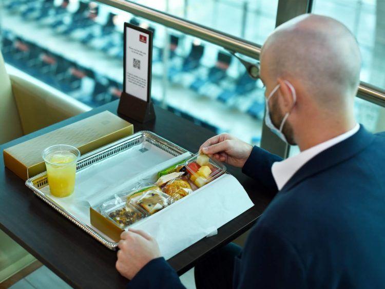 Emirates Oeffnet Erste Lounge Wieder In Dubai