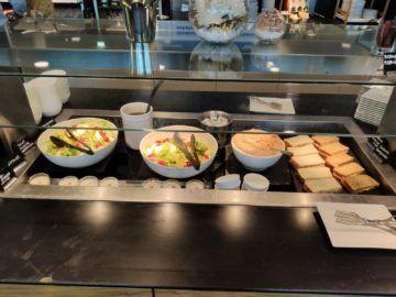 Sky Lounge Wien Schengen Buffet Corona Mittagessen
