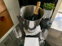 Grand Hyatt Berlin Champagner