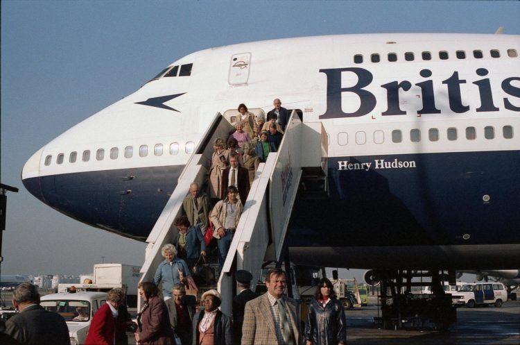 Boeing 747 100 British Airways 10 Fenster Unsplash