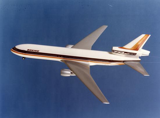 Boeing 777 100 Trijet Concept Copyright