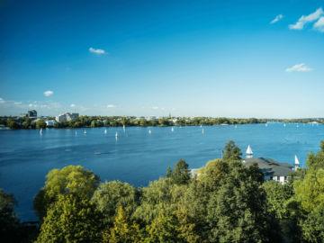 Le Meridien Hamburg Alster Lake Copyright