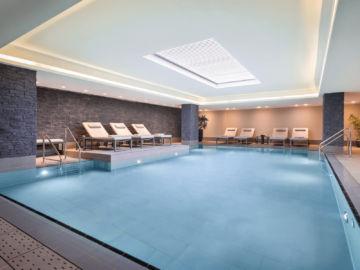 Le Meridien Hamburg Indoor Pool Copyright