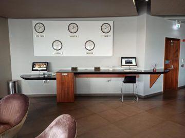 La Valette Club Lounge Malta Arbeitsbereich