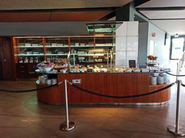 La Valette Club Lounge Malta Buffetbereich
