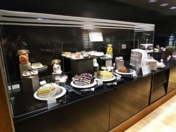 Qatar Airways Al Mourjan Business Class Lounge Corona Restaurant Dessert