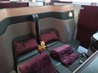 Qatar Airways Qsuite B777 300er Corona Doppelbett Seitlich