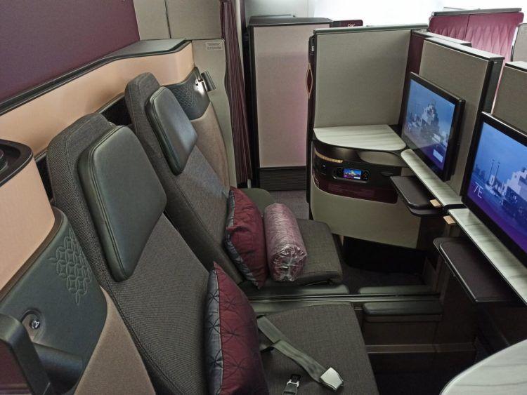 Qatar Airways Qsuite B777 300er Doppelsitze Corona