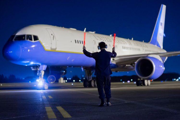 Us Airforce C 32 Copyright Usaf