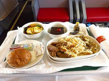 Ethiopian Airlines Business Class B767 300er Mittagessen Ausgepackt