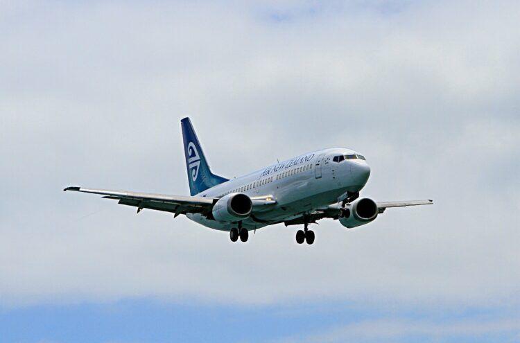 Air New Zealand Boeing 737 300 Pixabay