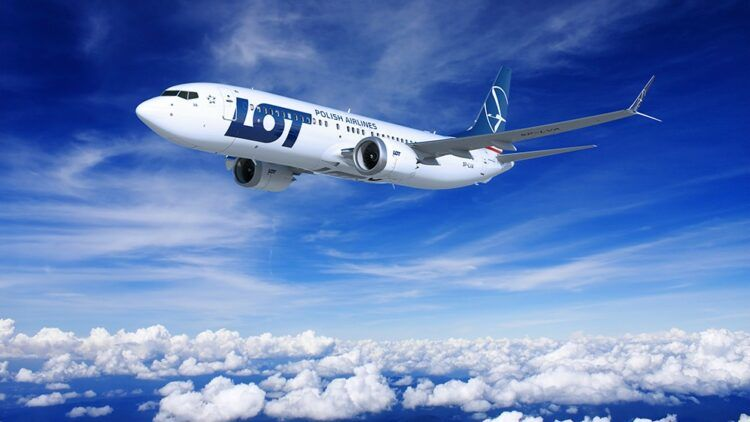 Lot Boeing 737 Max 8 Copyright Lot