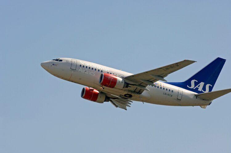 Sas Boeing 737 600 Copyright Sas
