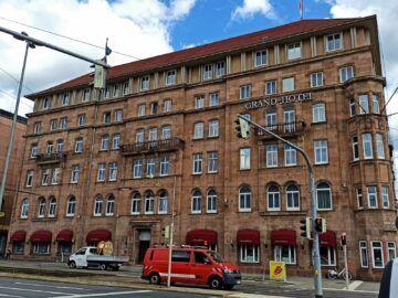 Le Meridien Grand Hotel Nuernberg Fassade Seitlich