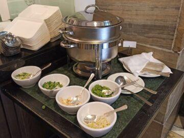 Le Meridien Grand Hotel Nuernberg Fruehstueck Suppe