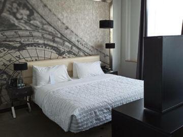 Le Meridien Grand Hotel Nuernberg Junior Suite Bett