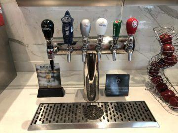 air canada maple leaf lounge vancouver bier zapfhahn