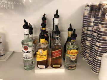 air new zealand brisbane international lounge hochprozentiger alkohol