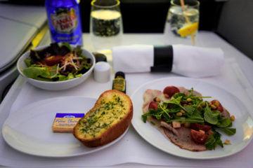 aircanada business class boeing 777 pochiertes kalbsfleisch