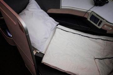 aircanada business class boeing 777 sitz bett