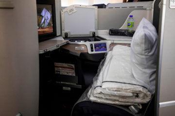 aircanada business class boeing 777 sitzplatz seitenansicht