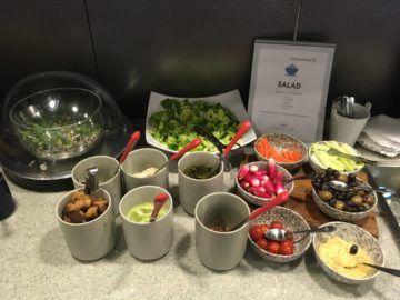 americanairlines admiralsclub londonheathrow salat