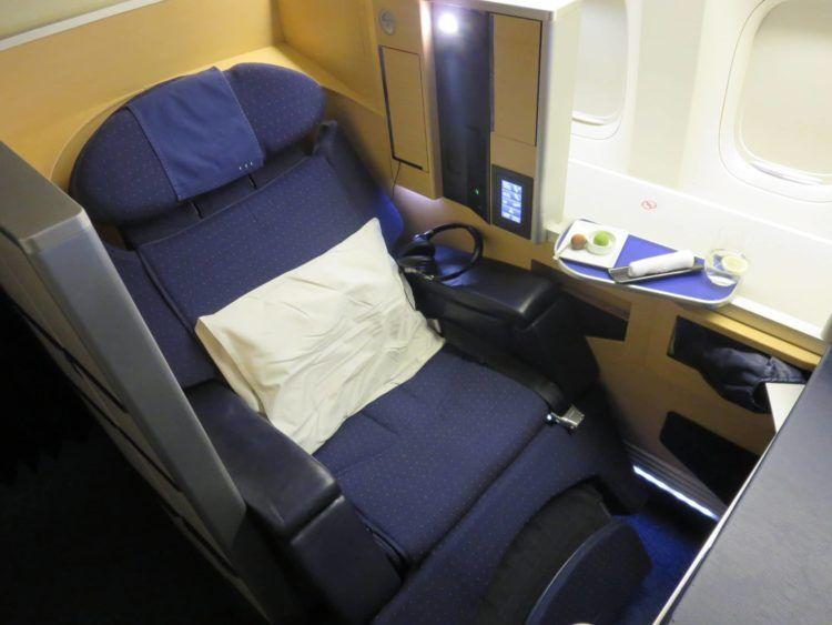 ana first class boeing 777 300er sitz 6