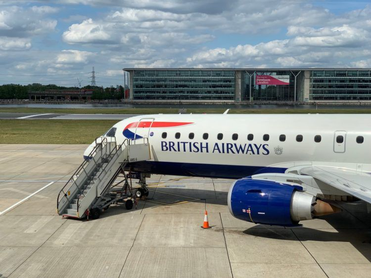 british airways embraer 190 flugzeug london city airport 2