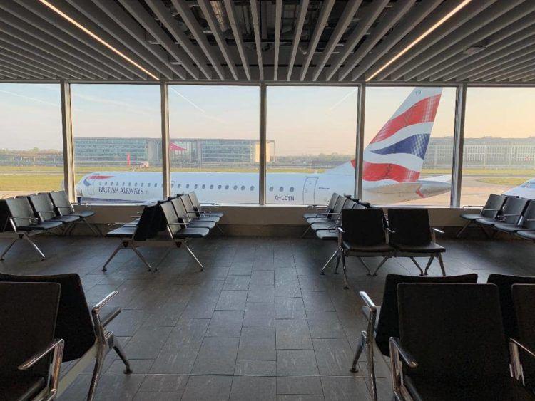 british airways flugzeug london city airport